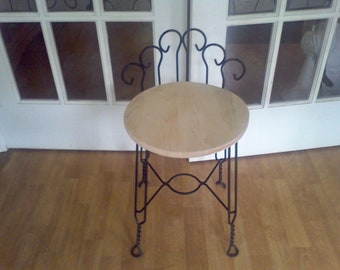 Vanity Chair Hollywood Regency  makeup chair  dressing room chair sturdy
