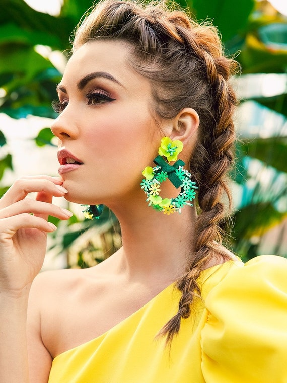 Felicia Summer Wreath Statement Earring