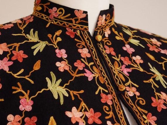 Embroidered Flower Boho jacket Jacket size Vintage jacket Cotton Hippie 70s medium 70's Flowers Power Wool Pattern R1 large chic qOptPC