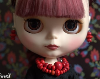 Red jewellery set from wooden beads for Blythe or similar doll.