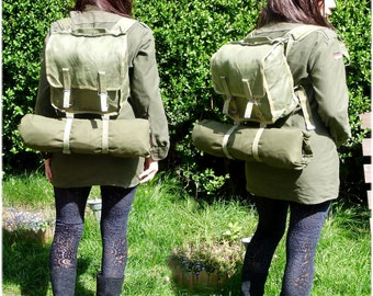 Vintage Army Surplus Day Pack - Backpack From 1980s In Green - New