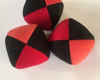 100g - 3 Soft PJ JUGGLING BALLS - Black and Two Shades of Red