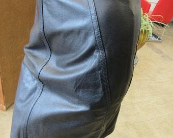 Vintage Black Mini Skirt Size 7-8