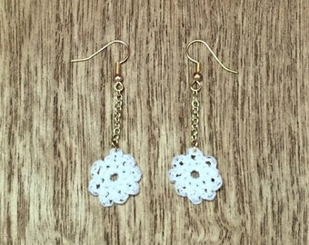 White Crochet Flower Dangle Earrings with Gold Chain