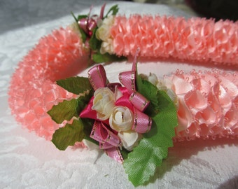 Hawaiian Ribbon Lei Pink Carnation