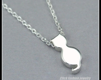 Sterling silver cat necklace, personnalized cat necklace, initial cat necklace, cat lover jewelry, kitty necklace, cat jewelry, kitten