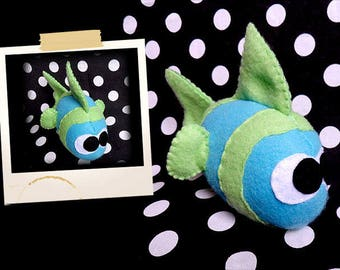 Plush blue and Green fish APLUCHES