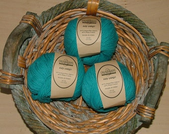 Cascade Yarns Key Largo Made in Peru Color No 1021 Lot No 355 Turquoise Crochet Knit