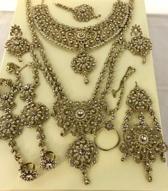 Soniya Gold diamanté 9 piece Indian Bridal Pakistani jewellery , necklace long haar tikka jhumar earrings handset