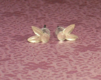 Vintage Light Yellow Glass Firefly Stud Earrings