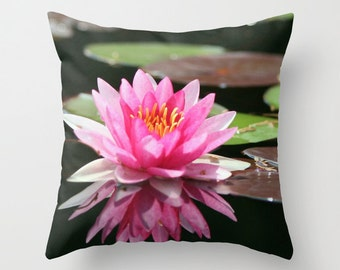 Throw Pillow Cover Waterlily Vibrant Modern Flower Floral Pink Black Lily Lilypad Cottage Decor Sofa Photo Case Home Bedroom