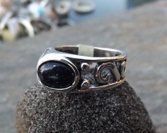 Offset Swirl w/Goldstone Original Sterling Ring