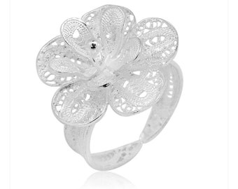 Bali Legacy Collection Sterling Silver Flower Ring (Size 9.0) (4.4 g)