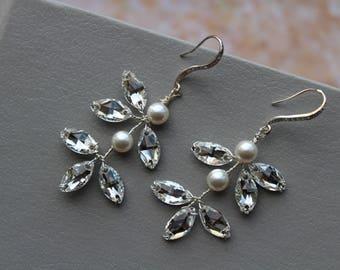 Wedding Earrings with Swarovski ,  Bridal Earrings ,Pearl  Earrings ,Bridal Jewelry ,Pearl  Crystal  Earrings ,Wedding Jewelry, UK