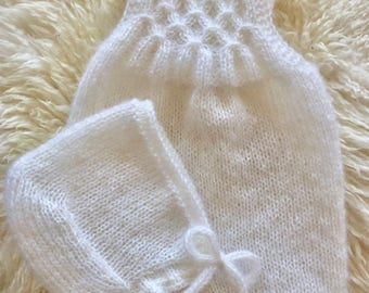 Newborn Romper Knitting Pattern - knit your newborn photography prop