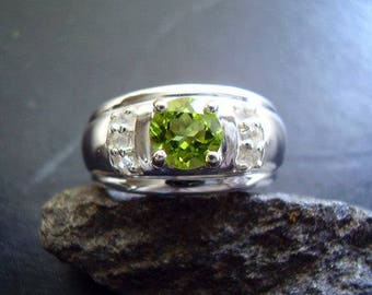 Genuine Peridot Faceted Round Cut 6mm & White Topaz 925 Sterling Silver Engagement Ring August Birthstone 16th Anniversary Zodiac Stone