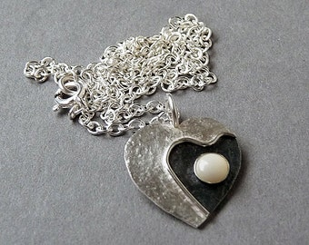 Sterling silver heart necklace with mother of pearl .Silver necklace. Silver heart pendant. Silver jewellery. Handmade. MADE TO ORDER.