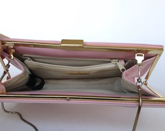 Giani Bernini Pink Leather Clutch Goldtone Trim Hideaway Gold tone Snake Chain Shoulder Strap Vintage Clutch Beautiful California