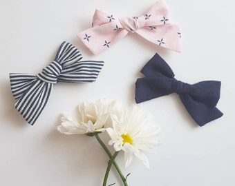 Navy • Chubby hand tied bows  <Spring Collection>