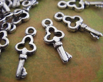 25 - Antique Silver - Key Charm (ASKC)