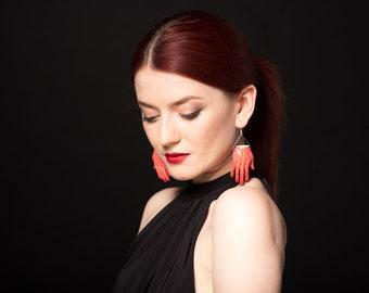Hand earrings | Frida Kahlo earrings | Pablo Picasso Frida hand earrings | Big earrings | Frida Kahlo jewelry | Large red earrings | Frida
