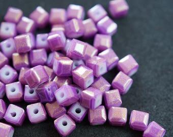20 cubic Crystal 4 mm purple N36