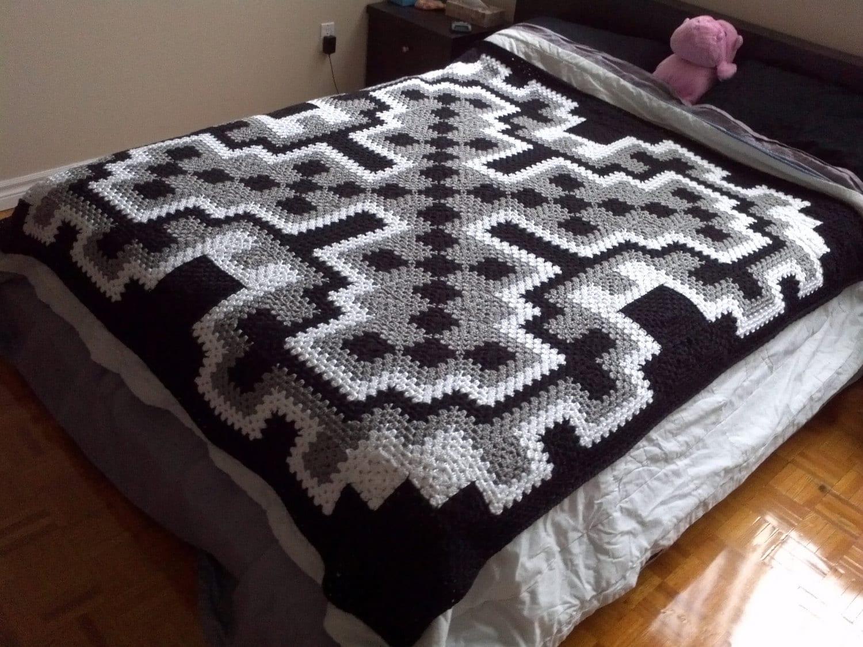 Crochet blanket pattern pdf frost queen blanket granny zoom bankloansurffo Choice Image