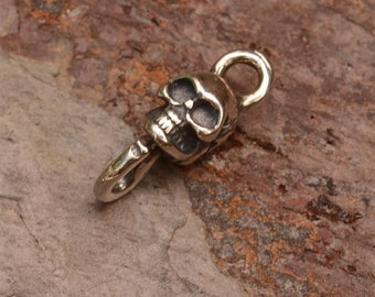 Two Skull Links in Sterling Silver FN-220