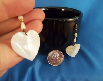 REDUCED White shell heart and bead pierced earrings. (P45)