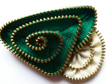 Green and Ecru Geometric Flower Floral Brooch / Zipper Pin with Brass Teeth by ZipPinning -2682