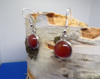 earrings with 12 mm natural agate stone cabochon