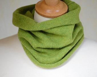 Lambswool Cowl, Neckwarmer, Green