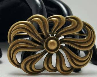MONET Swirl Pin