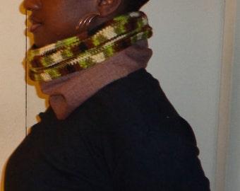 Hunter Clay Shade, Crochet and Fabric Neck Cowl