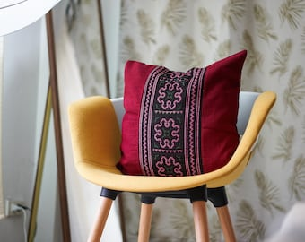"""Vintage 18"""" by 18"""" Hmong Hill Tribe Ethnic Cross Stitch Thai Decorative Throw Pillow"""
