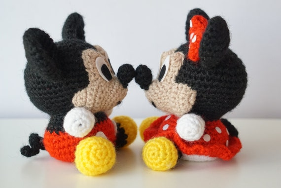 Tutorial Amigurumi Mickey Mouse : Pack in mickey mouse and minnie mouse disney amigurumi