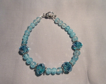 Turquoise A/B and Swirled Glass Beaded Bracelet