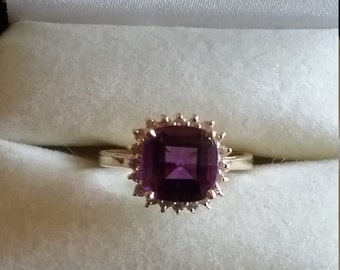 Gorgeous 14kt Amethyst and Diamond Ring