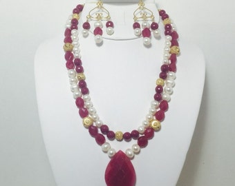Revelry Necklace and Earrings