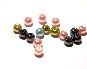 50 beads 4 mm glass Pearl iridescent - pastel mix - F80