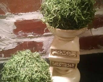 """Moss topiary balls~ 4"""" moss covered topiaries~ home decor topiary ~ table centrepieces~ mantle decor~ Christmas topiary"""