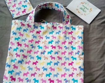 Foldable shopping tote with case