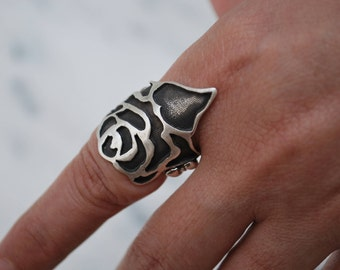 Love Collection: Sterling and Oxidized Silver Rose Ring