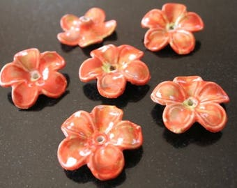 4 flower porcelain beads. (ref:0698).
