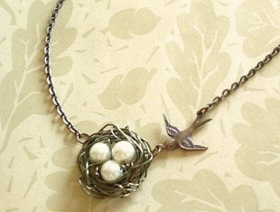 Bird nest necklace pearl birdnest mama birds nest pendant te gusta este artculo aloadofball Choice Image