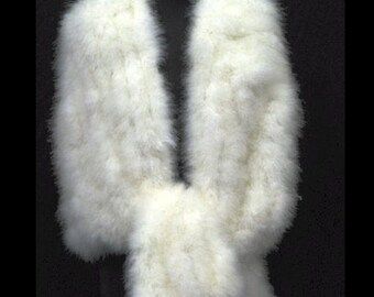 NEW ARRIVAL! 1950s HOLLYWOOD Vintage Glamour - Sumptious Luxurious  Soft Marabou Feather Shrug, Wrap, Stole, Cape with ties-  Ivory