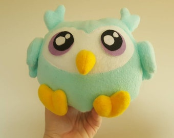 Handmade owl, plush owl, feathered friend, bird, stuffed animal, stuffed toy, unique gift idea, kawaii