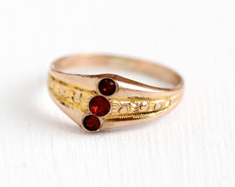 Antique Victorian Ring - Rosy Yellow Gold Filled Triple Red Stone - 1900s Size 7 3/4 Simulated Ruby Three July Birthstone Statement Jewelry