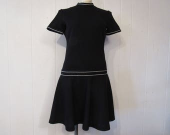 Vintage dress, 1960s dress, moddress, black dress, Bleeker Street, vintage clothing, medium