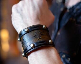 Stalker 2.1 leather steampunk bracelet